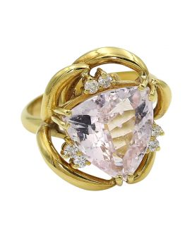 18kt Yellow Gold Kunzite and Diamond Ring .15 c.t.w.