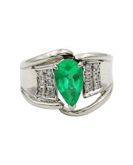 Platinum Diamond and Emerald Ring 0.16 c.t.w.