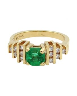 14kt Yellow Gold Diamond Square Emerald Ring 0.36 c.t.w.