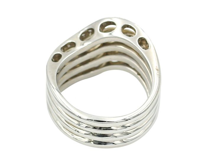 Gregg Ruth 18kt White Gold Diamond Ring (.60 c.t.w.)