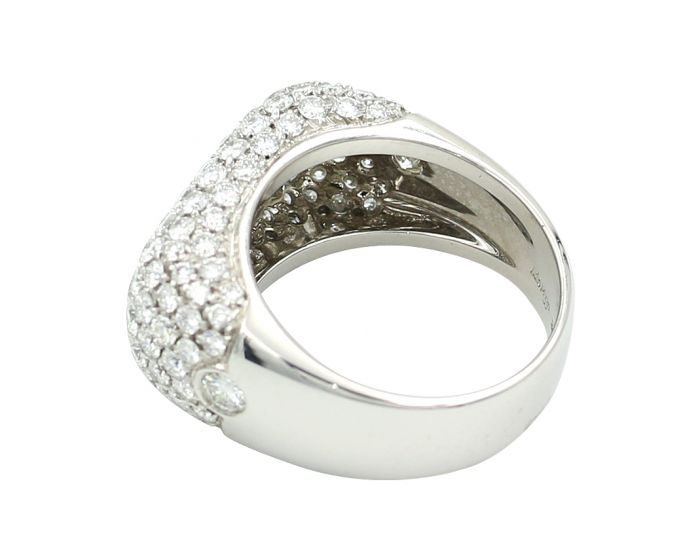 18kt White Gold Leo Pizzo Diamond Ring 2.87 c.t.w.